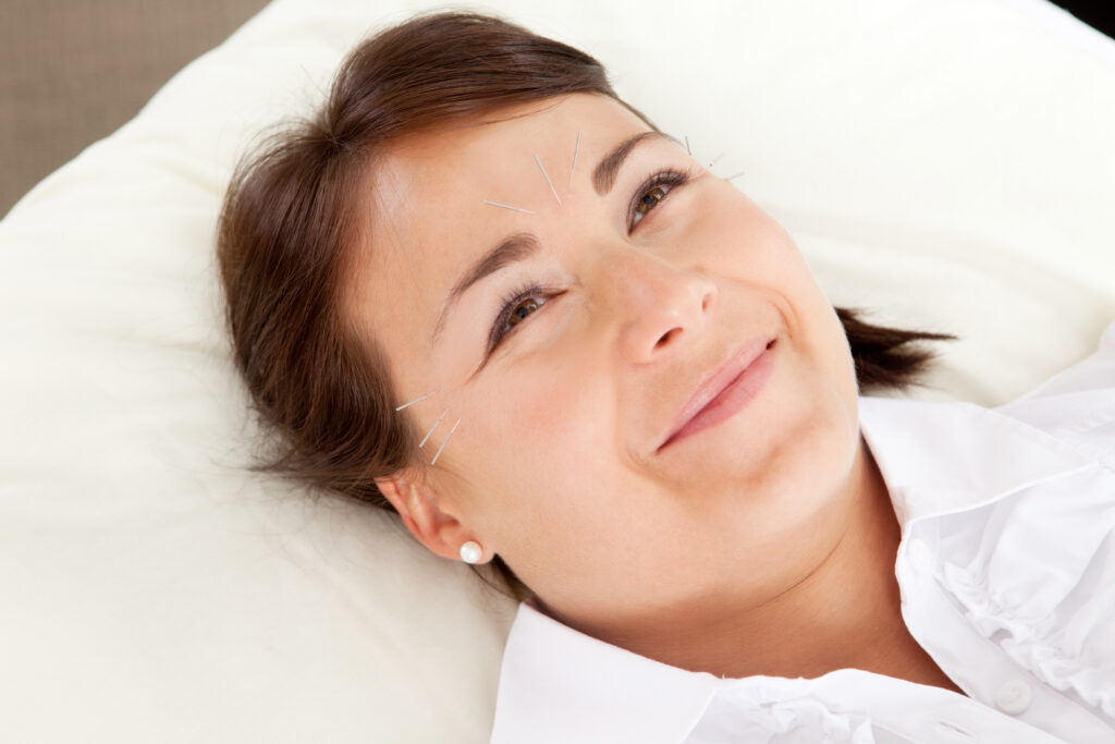 Ansigtsakupunktur er en meget behagelig og afslappende oplevelse for de fleste